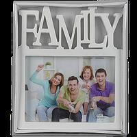 Семейная фоторамка с надписью семья