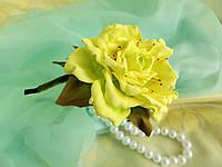 Ободок с лимонной розой