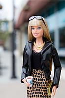 Коллекционная кукла Барби Высокая мода The Barbie Look Urban Jungle Bar, фото 1