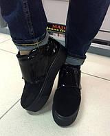 Стильные женские замшевые ботинки на высокой подошве, натуральная замша. Черный цвет