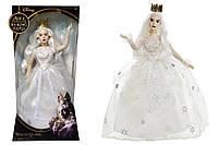 """Кукла коллекционная """"Белая Королева"""" из фильма Alice Through the Looking Glass."""