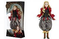 """Кукла коллекционная Alice Through the Looking Glass из фильма """"Алиса в Зазеркалье""""."""