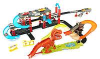 Трек 8899-93, динозавр поймай тачку, 2 машинки, динозавр - звук, английский язык, на батарейках, в коробке