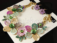 Набор украшений под золото: колье и серьги (цветы с розовыми лепестками)
