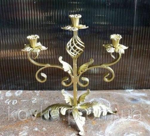 Декоративный кованый подсвечник