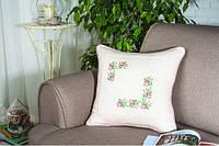 Подушка декоративная Розы крестиком