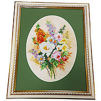 Картина без стекла: букет, вышитая бисером