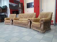 Кожаный комплект мягкой мебели на деревянном каркасе 3+1+1 привезен из Бельгии