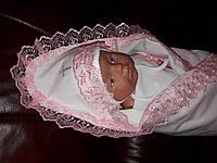 Пеленка с уголком, крыжма для девочки 90х70 см. Розовое кружево