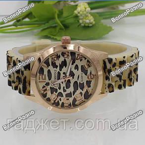 Женские часы Geneva ЛЕОПАРДОВЫЕ, фото 2