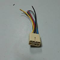 Разьем кнопки электрического стеклоподьемника ВАЗ-2108