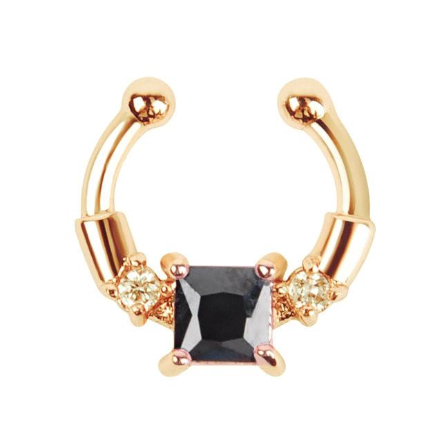 Серьга-обманка в нос Chic золото с чёрным камнем