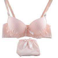 Нежно-розовый комплект нижнего белья