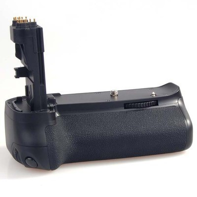 Батарейный блок (бустер) Meike MK-60d Premium для Canon 60d (аналог Canon BG-E9)