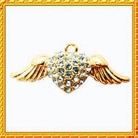 Подвеска - кулон сердце со стразами и крыльями, металл, цвет: золото, выс 12 мм. шир 30 мм. толщ 4 мм
