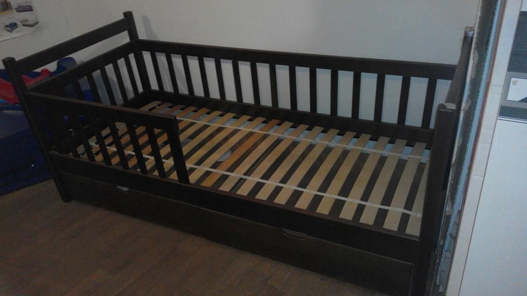 Кровать с масива бук односпальная Алиса