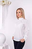 Белоснежная женская рубашка с воротником стойкой