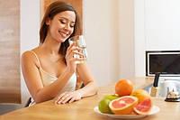 Какие проблемы можно решить с помощью воды, выпитой утром натощак?