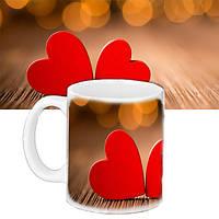 Кружка влюбленных с рисунком сердец