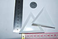 Коробочка треугольник для бисера.