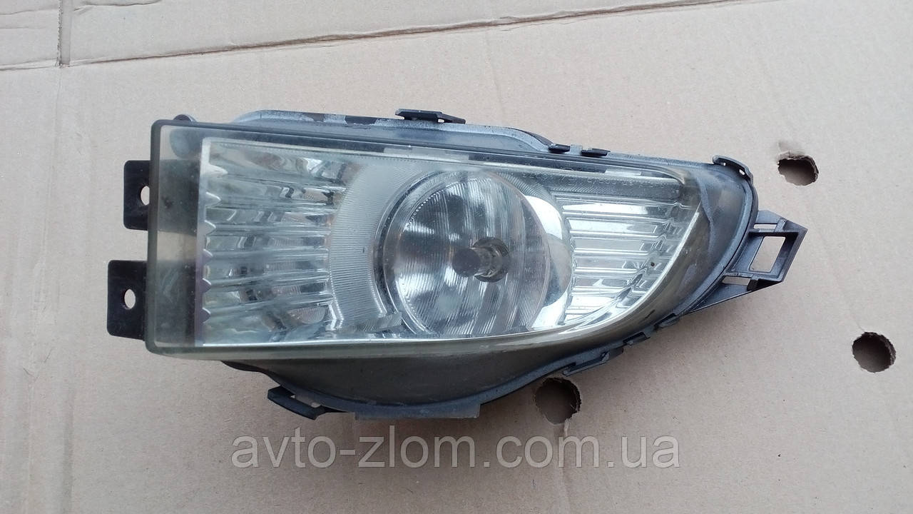 Фара противотуманная правая Opel Insignia. 13226829.