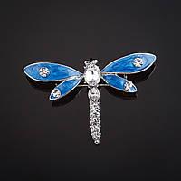 """Брошь Стрекоза голубые крылья синяя перлам.эмаль, стразы, цвет металла """"серебро"""" 5х3,2см"""