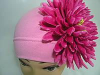 Шапочка розовая с малиновой хризантемой