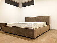 """Дизайнерская двуспальная кровать  """"Vogue 1"""" с мягким изголовьем, Подъёмным механизмом и нишей для белья, фото 1"""
