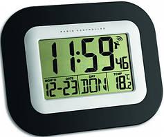 Годинник настінний цифрові TFA, 195x235x28 мм