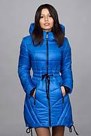 Яркая зимняя куртка, утепленная на синтепоне.