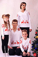 👫 - Детский свитер для мальчика с красной вышивкой олени