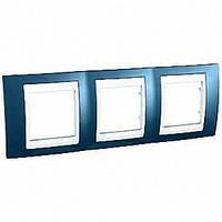 Рамка трехместная Schneider Electric Unica Plus горизонтальная Голубой лед/Белый MGU6.006.854