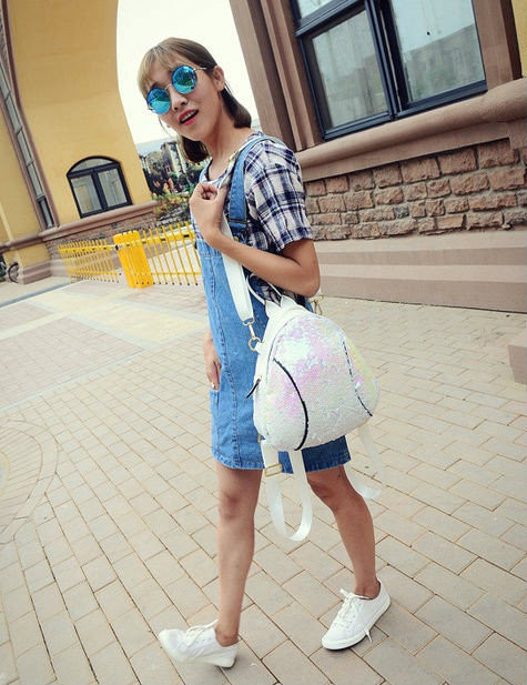 Молодежный рюкзак для девочки