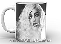 Кружка Леди Гага в черно белом цвете