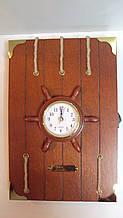 Ключниця настінна дерев'яна «Бортовий журнал капітана» розмір 30*20*5