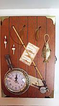 Ключниця настінна дерев'яна «Весняний улов» розмір 30*20*5