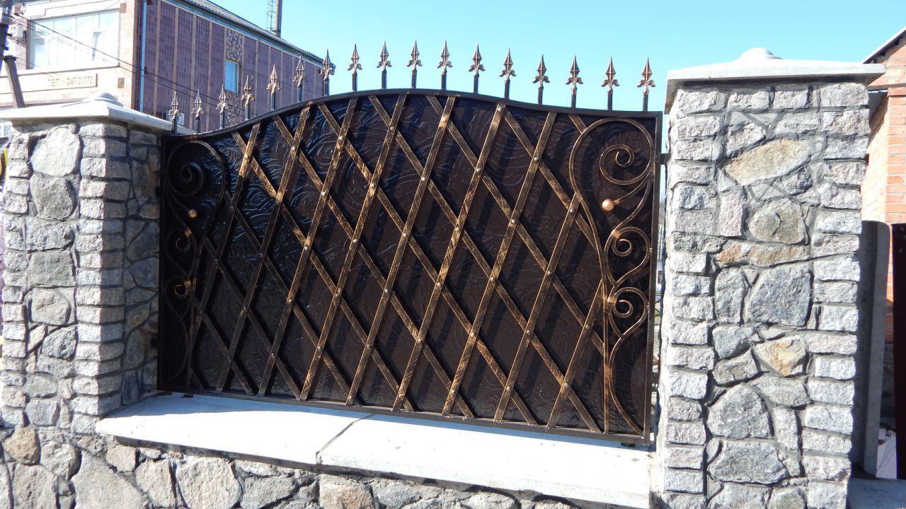 Забор кованый Щит