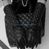 Перчатки  женскиечерные  кожанные длинные с бантиками стеганные