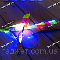 Светодиодный светящийся вертолетик с рогаткой, фото 3