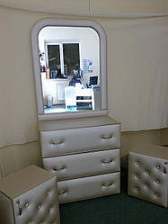 Комод с зеркалом ГАМБИТ