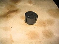 Резинка крепления глушителя ГАЗЕЛЬ подушка кругл.