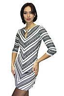 Женское платье с диагональным рисунком