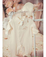 Комплект для малыша с галстуком и шапочкой, молочный велюр 62 размер