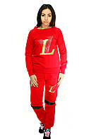 Костюм женский для спорта (красного цвета)