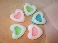 """Мыло-скраб ручной работы с натуральным янтарем и глицерином """"Сердце"""""""