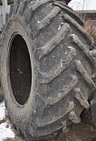 Шина 710/75R42 Trelleborg б-у 29500 грн б./нал (глубина прот4 см надщерблена 2-3 см внутри)