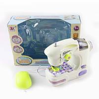 Швейная машинка 6941A 17-16-6,5 см, свет, шьет,педаль управ, на бат-ке, в кор-ке, 25,5-18,5-9см