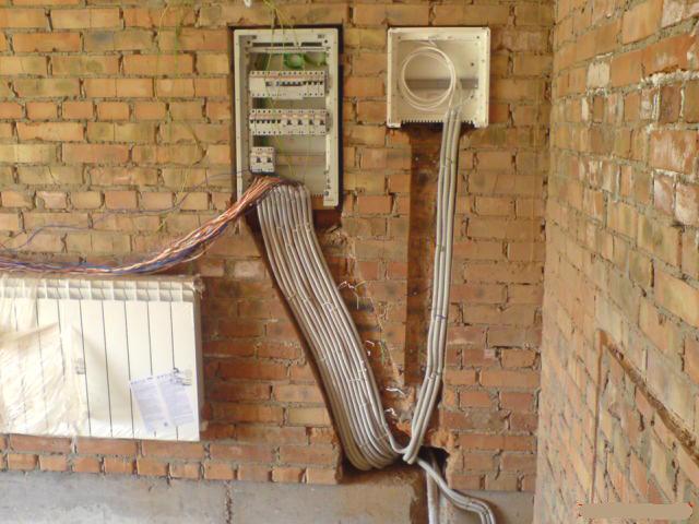 Электрик. Штроба стен под проводку, кирпич ( штробление )