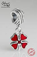 """Серебряная подвеска-шарм Пандора (Pandora) """"Красный клевер"""" для браслета"""