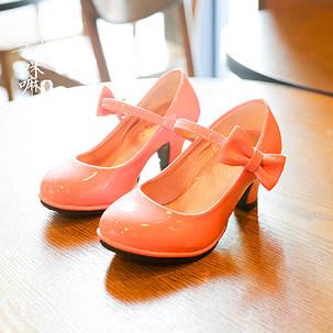 Детские туфли на каблуке для девочки, фото 2
